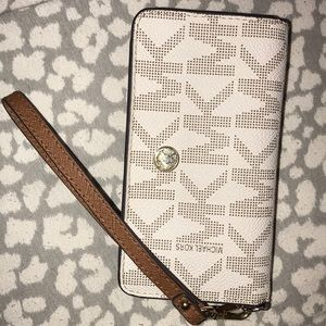 MK Wallet/Phone Holder Wrislet